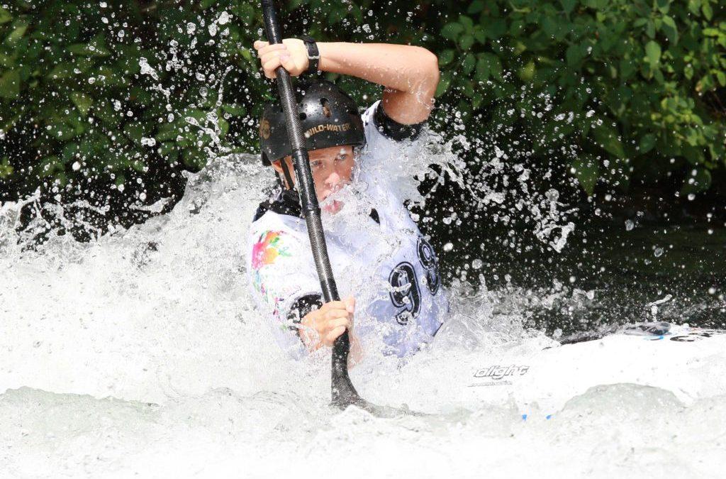 Florence Maheu entre dans l'histoire du kayak d'eau vive